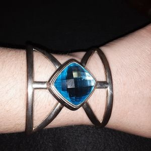 Unique vintage cuff bracelet with large stone